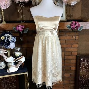 VINTAGE 1990'S STRAPLESS DRESS (L)